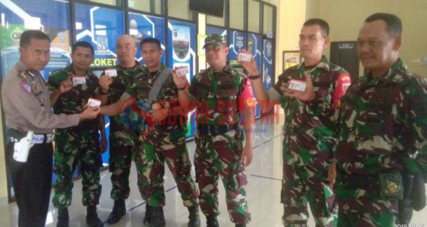 Ulang Tahun ke 74, TNI dapat Kado SIM Gratis dari Polri