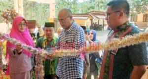 Resmikan Pembangunan Gedung Baru SDN Wonua Morome, Kadis Pendidikan Konawe: Kepala Sekolah Perempuan Paling Berprestasi