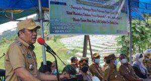 Buka Pelatihan P2L, Bupati Konut Bantu Modal Kelompok Tani Ratusan Juta Rupiah